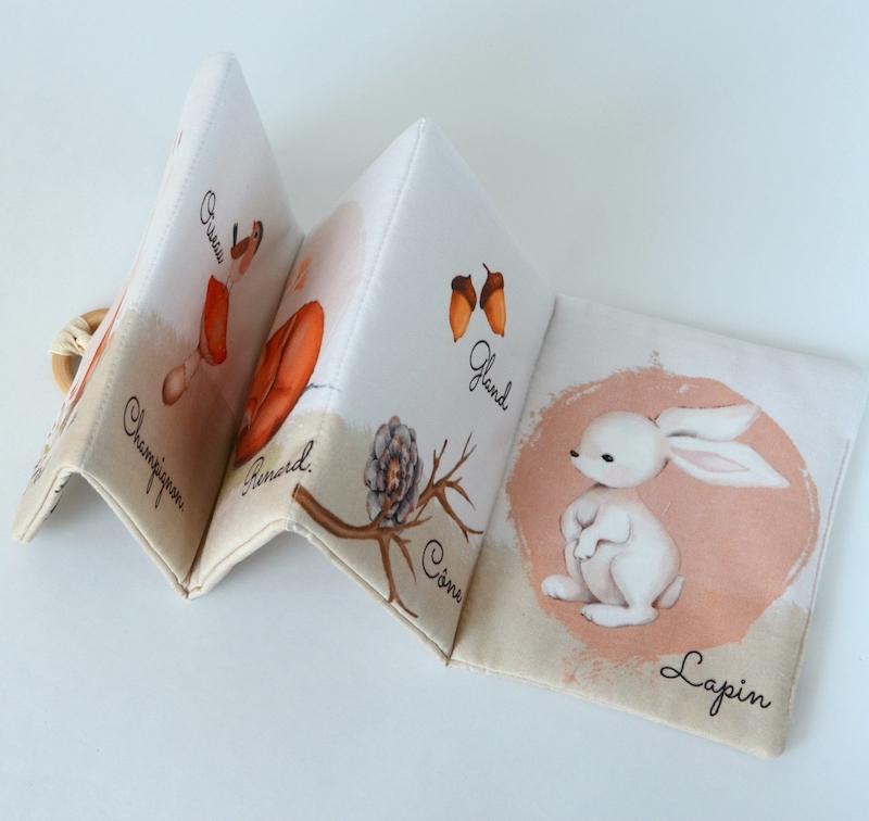livre en tissu pour bébé sur le thème animaux de la forêt